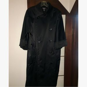 Beautiful long satin Kenneth Cole Reaction jacket